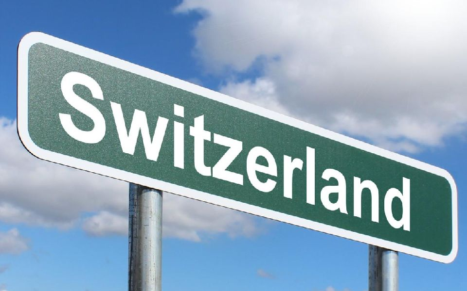 Switzerland to Accommodate Blockchain Within Existing Financial Laws