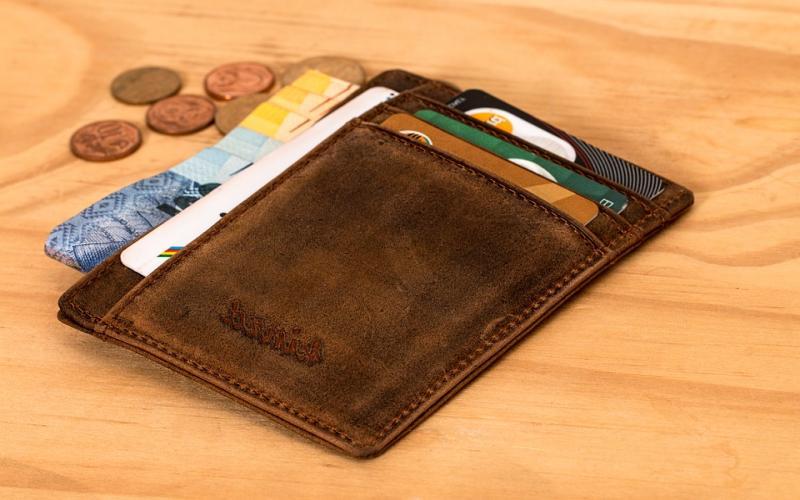 Hardware crypto wallet Chainlock